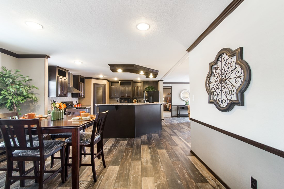 red-river-2-Dining-Area-20171002-1102266