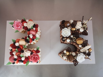 Number cake fruits rouges et chocolat
