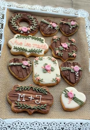 Biscuit_décoré_pâtBiscuits décorés mariage rustiquee_à_sucre_mariage_rust