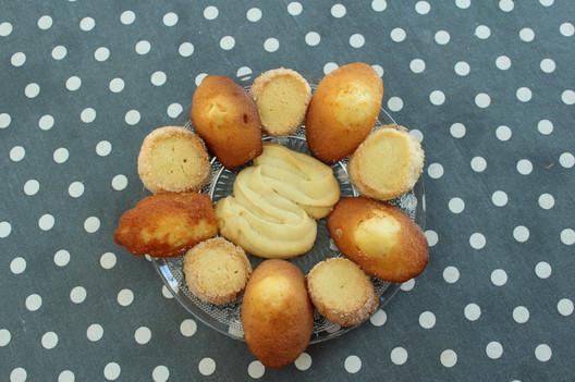 Biscuits artisanaux: madeleines, diamants, spritz