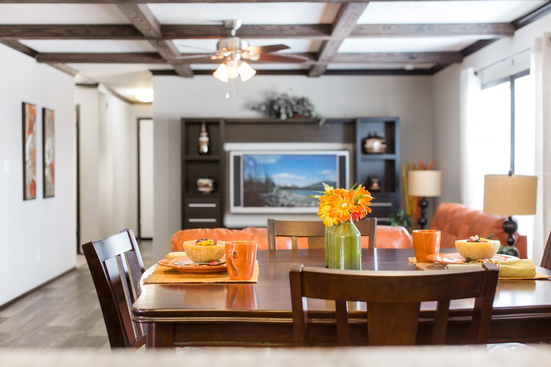 red-river-2-Dining-Area-20171002-1102265