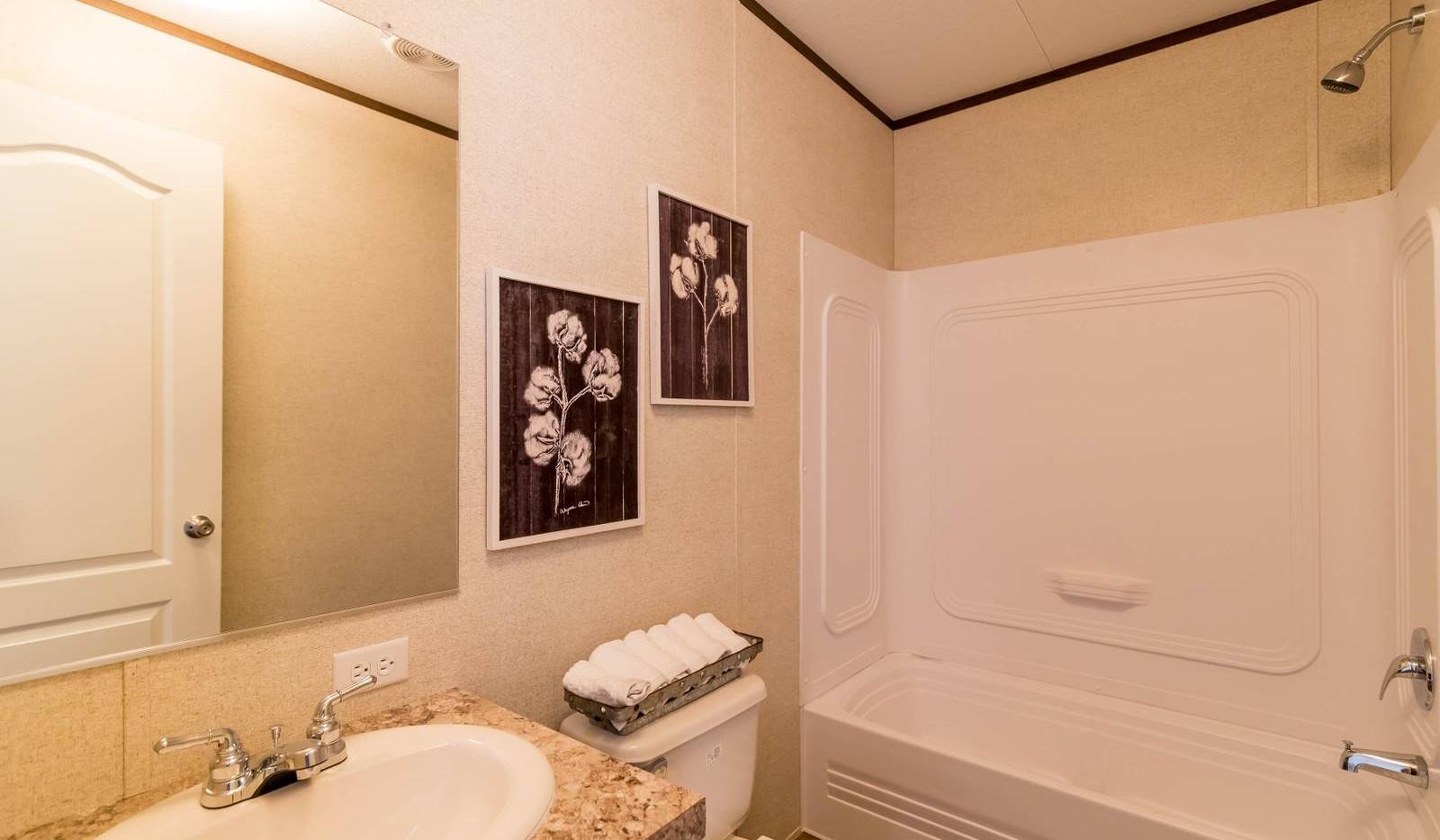 17-1676H bathroom 4-1600x1067.jpg