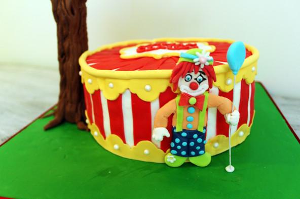 Gâteau pâte à sucre anniversaire enfant thème chouette hibou & cirque clown