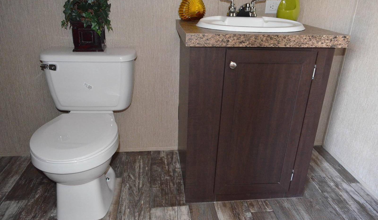 8-L10RM1668A bathroom 1H-1600x1067.jpg