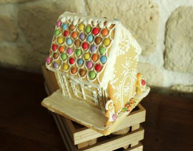 Maison de Noël en biscuit style pain d'épices