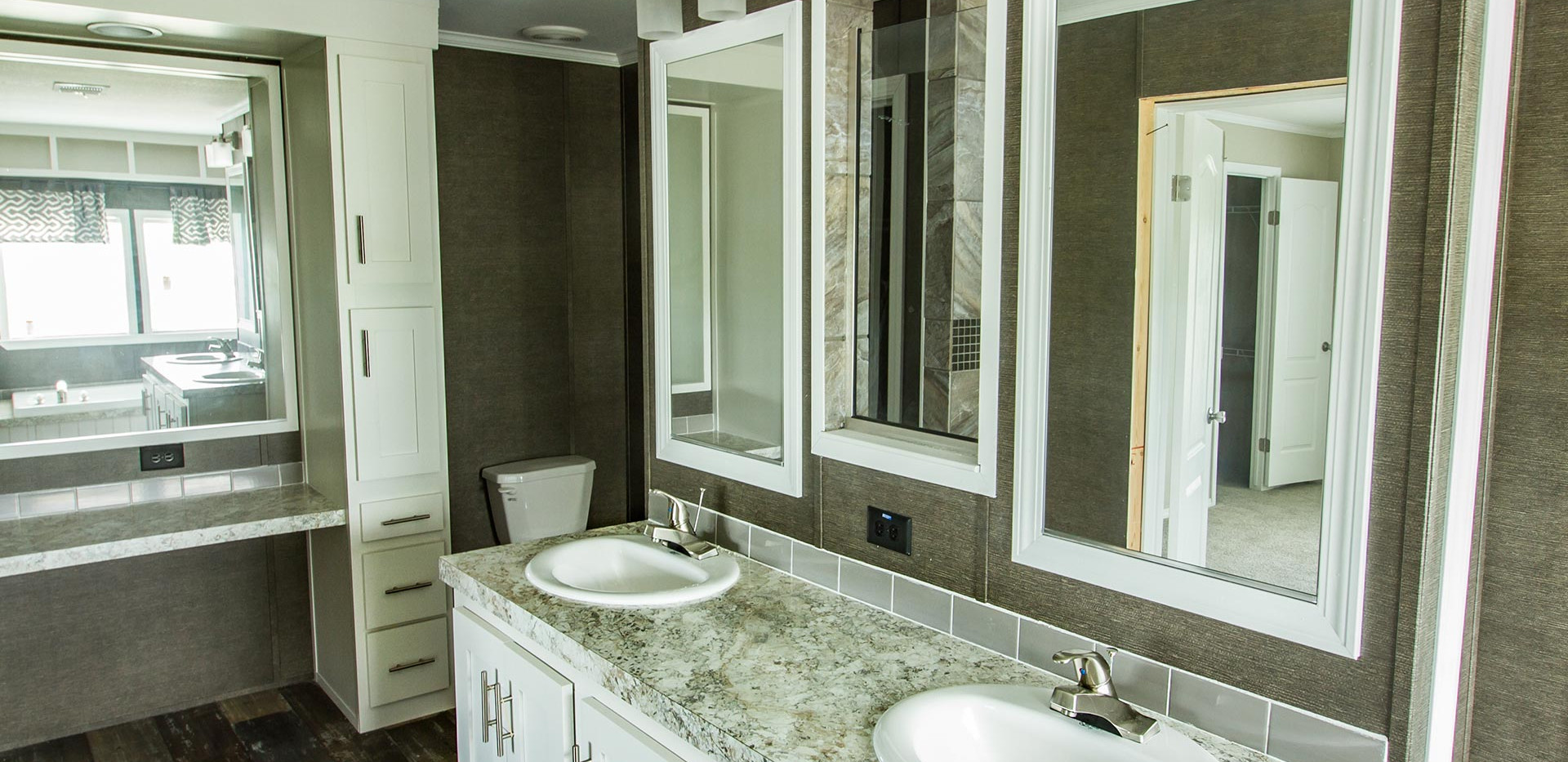 Fossil-Creek-The-Drake-bathroom-1.jpg