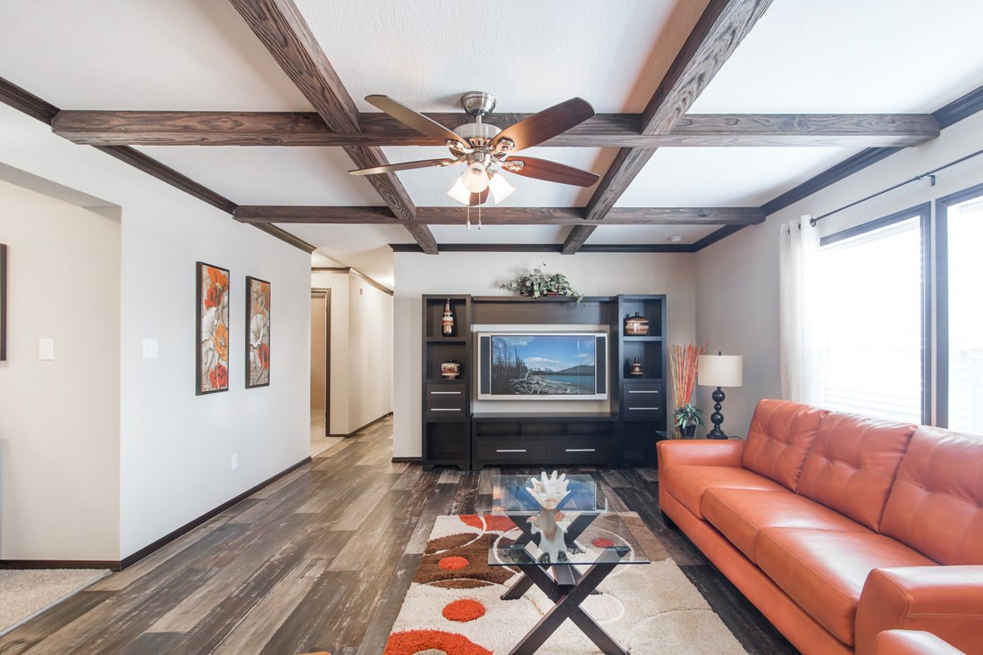 red-river-2-Living-Room-20171002-1102261