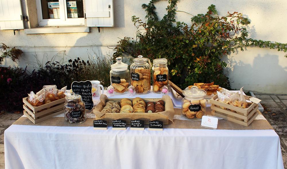 Stand de biscuits Lovely Desserts lors du marché fermier de Boran sur Oise