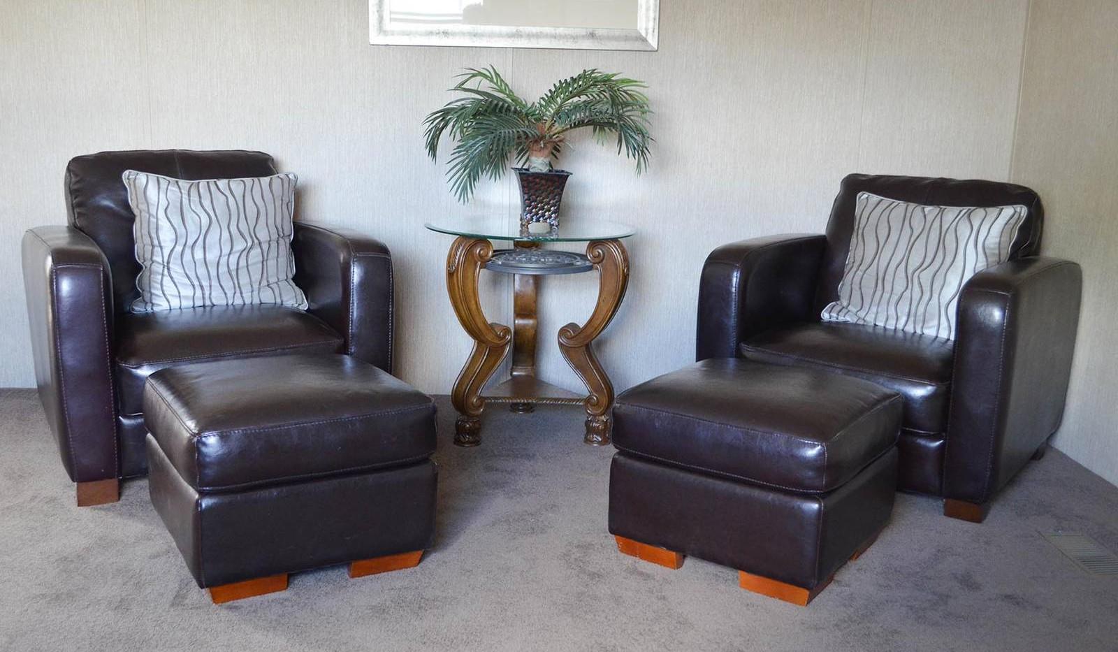 5-L10RM1668A living room 4-1600x1067.jpg