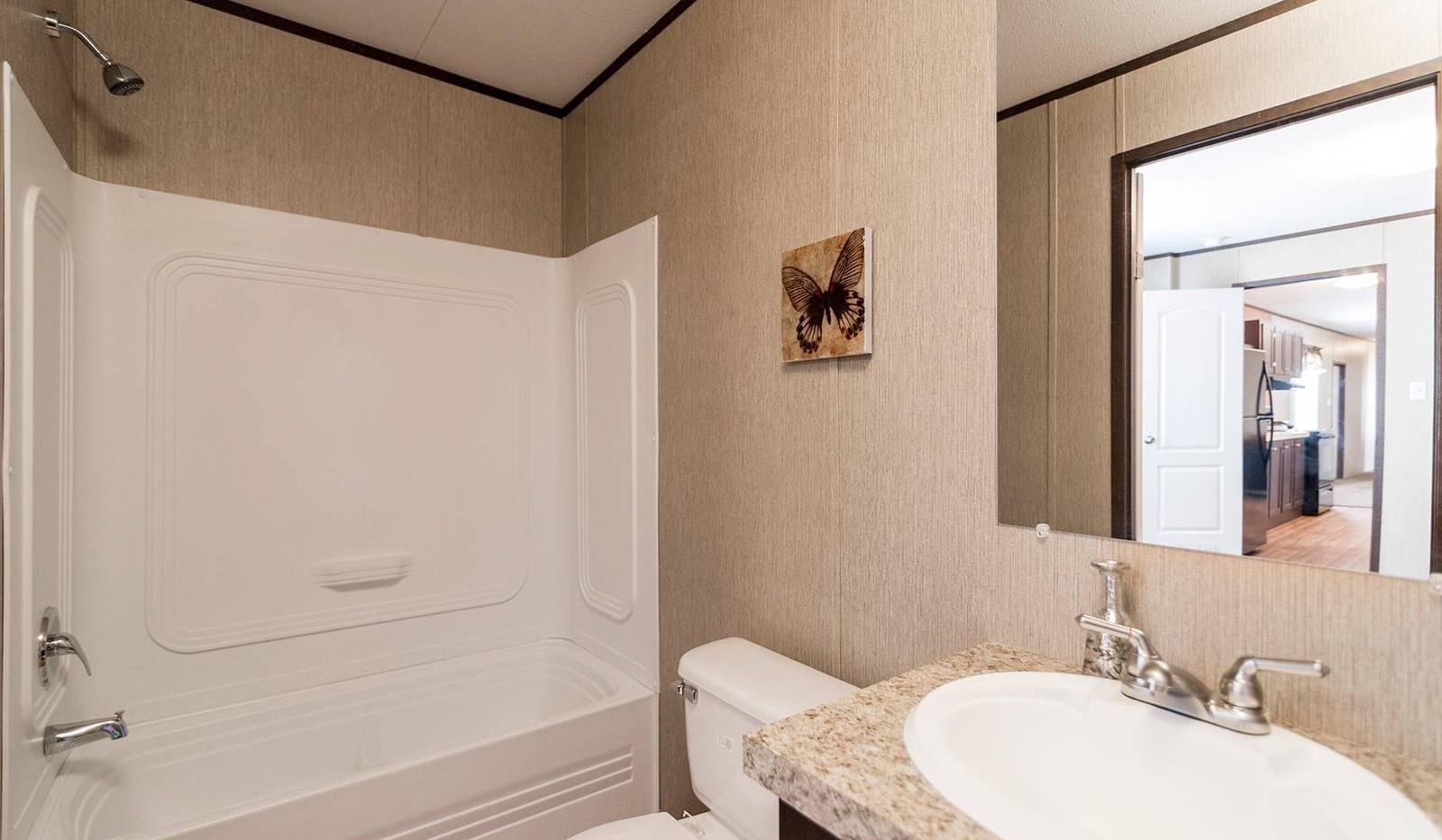 5-redman-1466a-master-bathroom-1a-1600x1