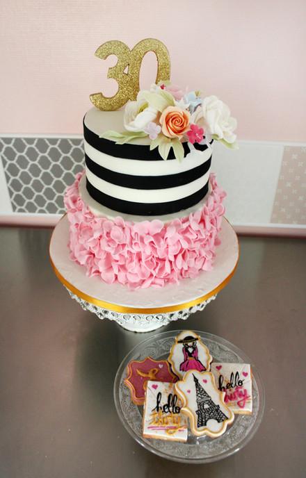 Gâteau d'anniversaire 30 ans chic & moderne