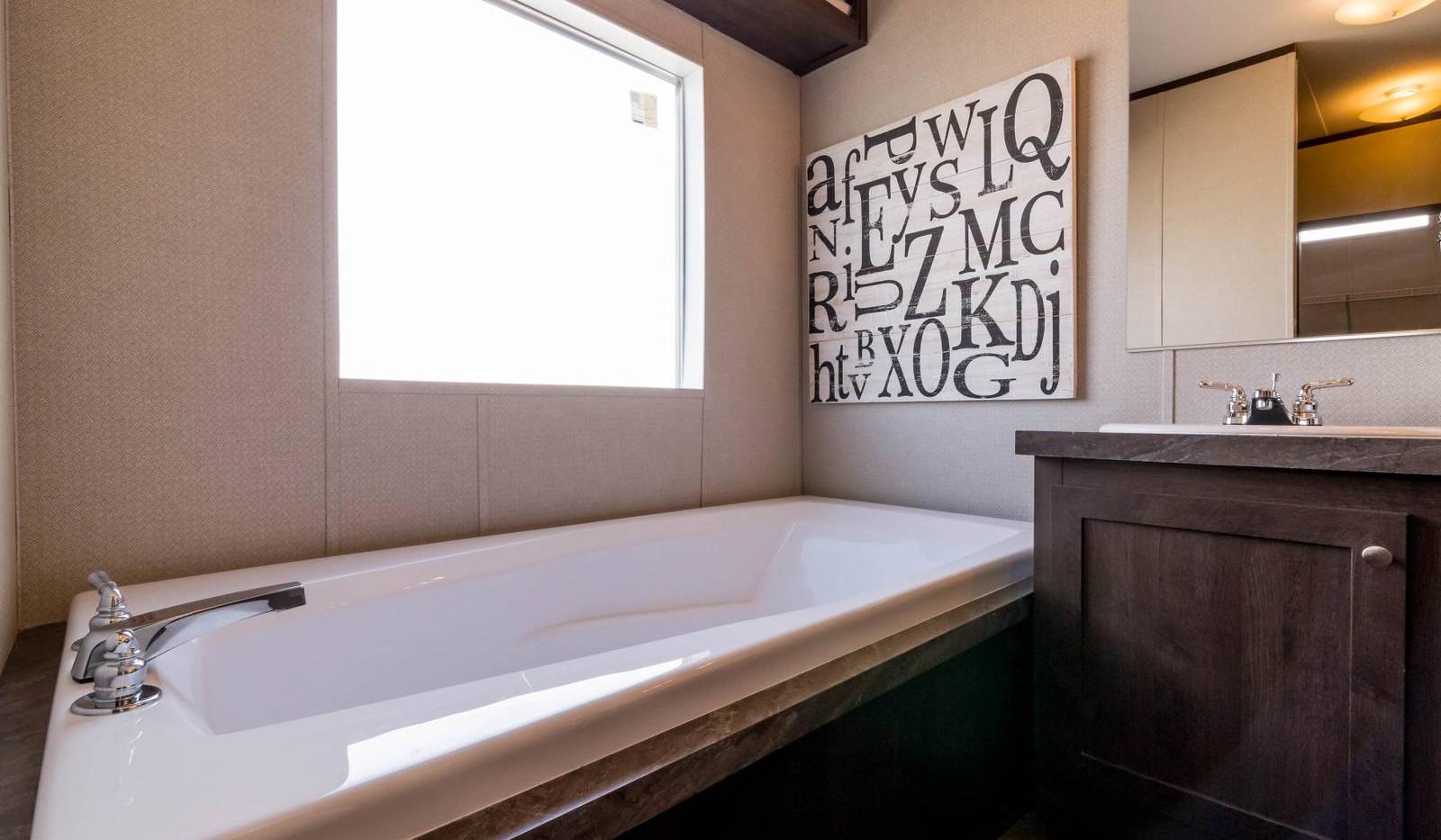16-1676H bathroom 3-1600x1067.jpg