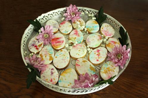 Biscuits décorés thème Pâques effet aquarelle