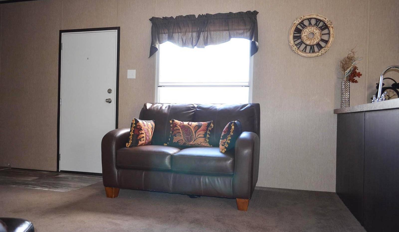 4-L10RM1668A living room 2-edited-1600x1