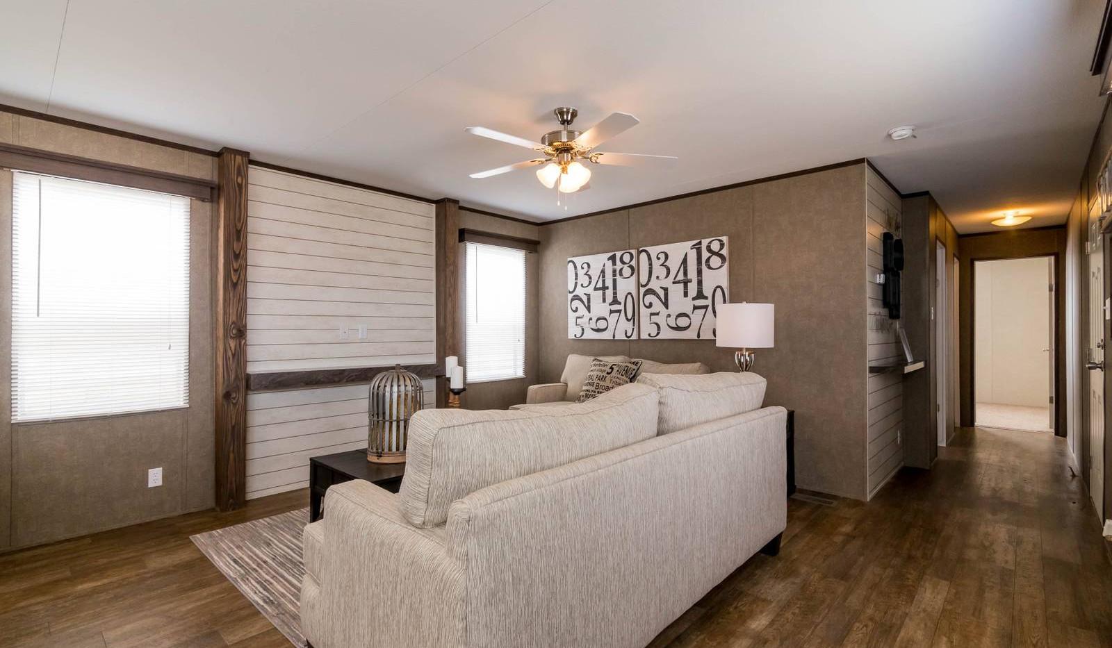 3-1676H living room 3-1600x1072.jpg