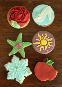 Biscuits décorés sur le thème des princesses Disney
