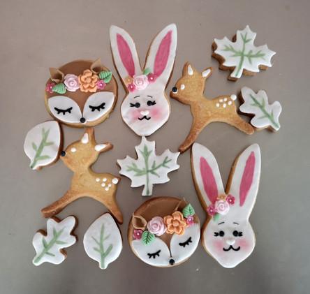Biscuits décorés pour table de desserts thème animaux de la forêt - woodland friends