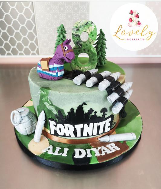 Gâteau thème Fortnite - jeux vidéos