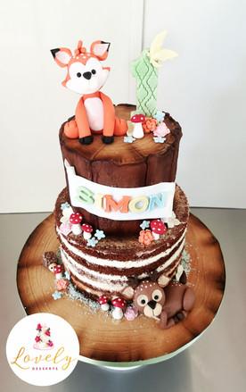 Gâteau 1er anniversaire thème animaux des bois / champêtre