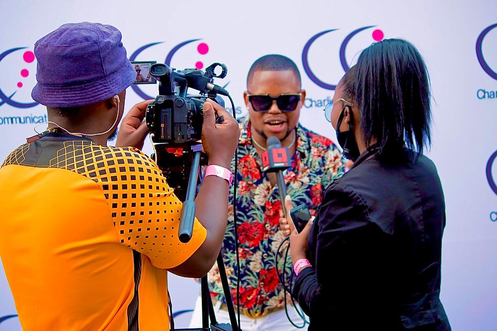 Cebo Mr Tatazela chatting to Soweto Tv , Kasi Vibes #BabizeBonke