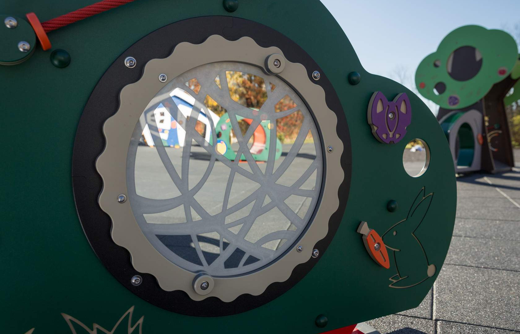 Miracle Recreation Mini City Garden Sensory Wall