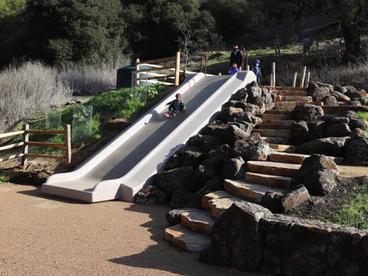 UPC Park Concrete Simple Set Embankment Slide