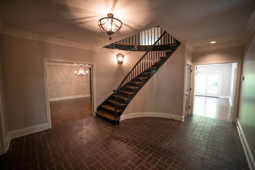 Foyer (1).jpg