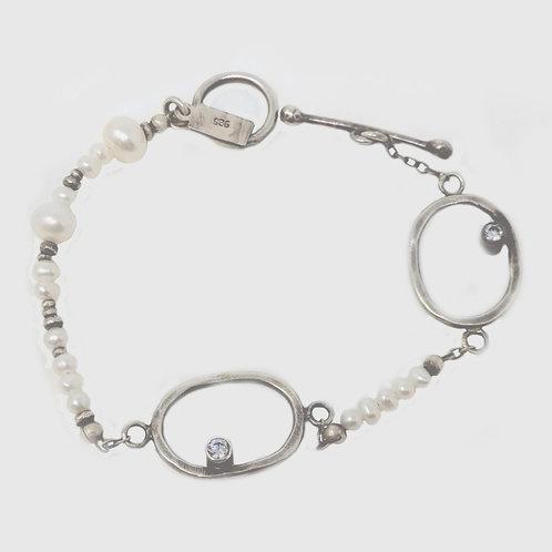 J&I Bracelet