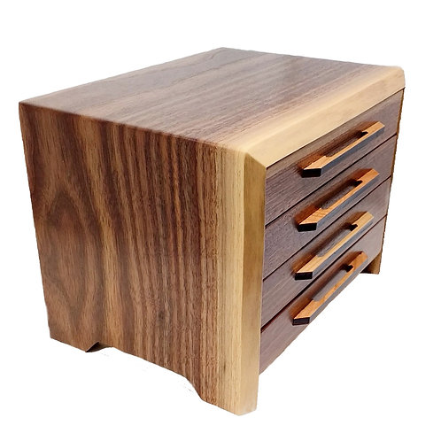 Heartwood Jewelry Box