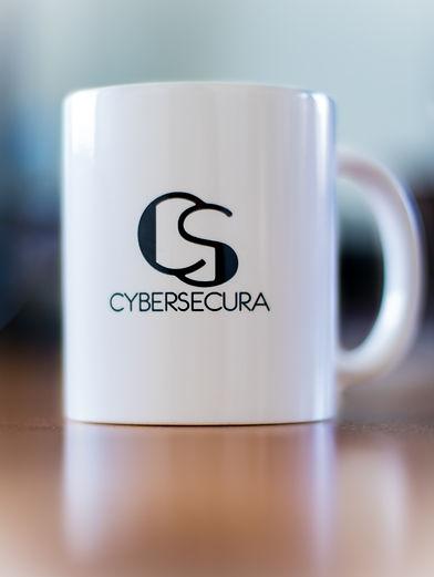 Cybersecura-90-min.jpg