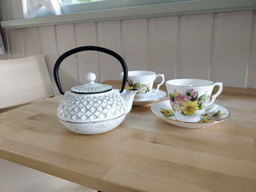 Tea for Two Shepherds Hut Howe of Torbeg