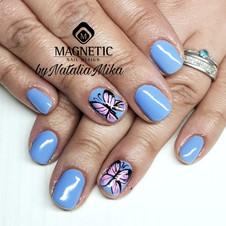 mikas beauty nails
