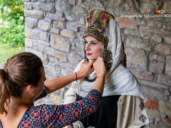 Косите на българката, тяхното сплитане и забраждане според народната вяра