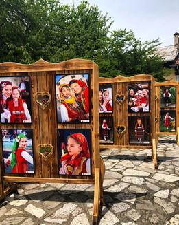 """""""Жените на Разлог"""", постоянна изложба в Разлог, с фотограии на """"Българските корени"""""""