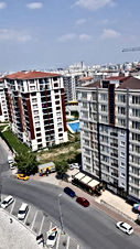 تملك شقتك للمستقبل في ارقى مناطق تركيا بيلك دوزو الجمهوريات في قلب السوق والخدمات يبعد عن شارع E5  ثلاث دقائق علي الاقدام وقرب مول مرمره بارك ٧ دقائق