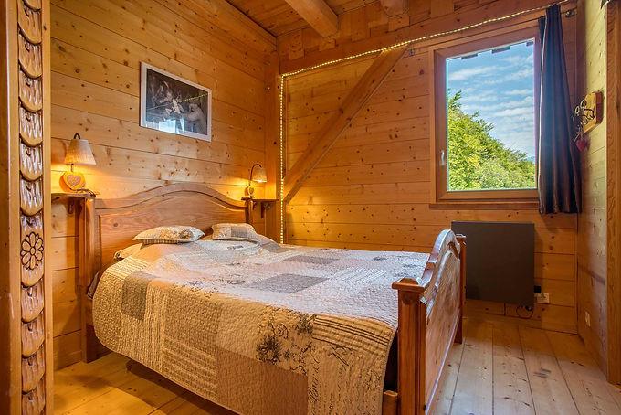 Chambre d'hotes les esseroliettes Savoie chambre roc des boeufs