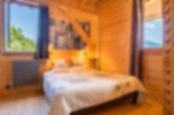 Chambre d'hotes les esseroliettes Savoie chambre dent de rossanaz