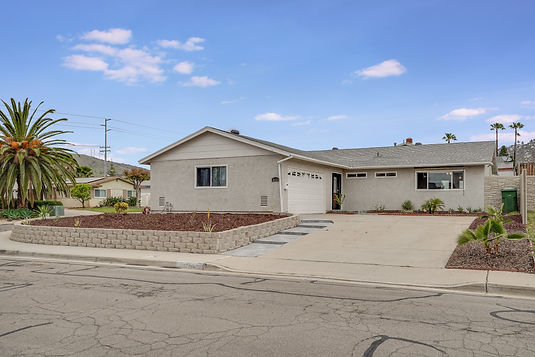2-Occupied Home-Staged To Sell-Santee, CA.