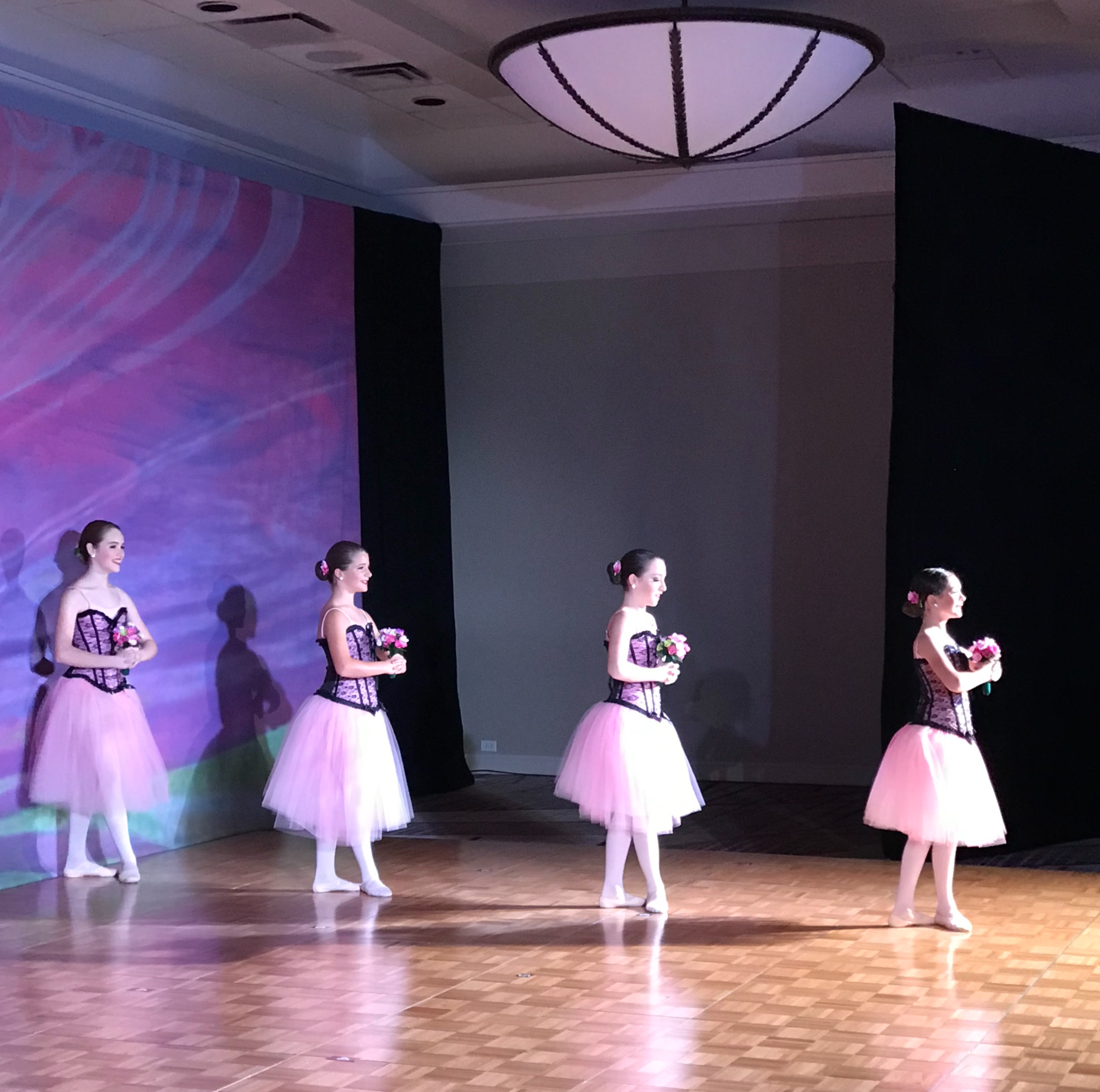 Country Flowers - Teen Ballet Company, R