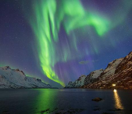 Aurora show in Ersfjorden