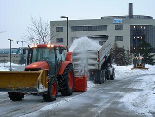 snow-hauling.jpg