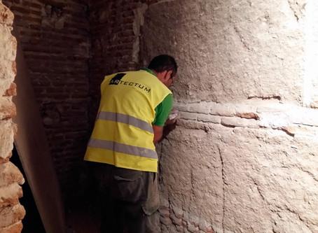 Consolidación de muro de barro original de Sabatini en Real Monasterio Comendadoras