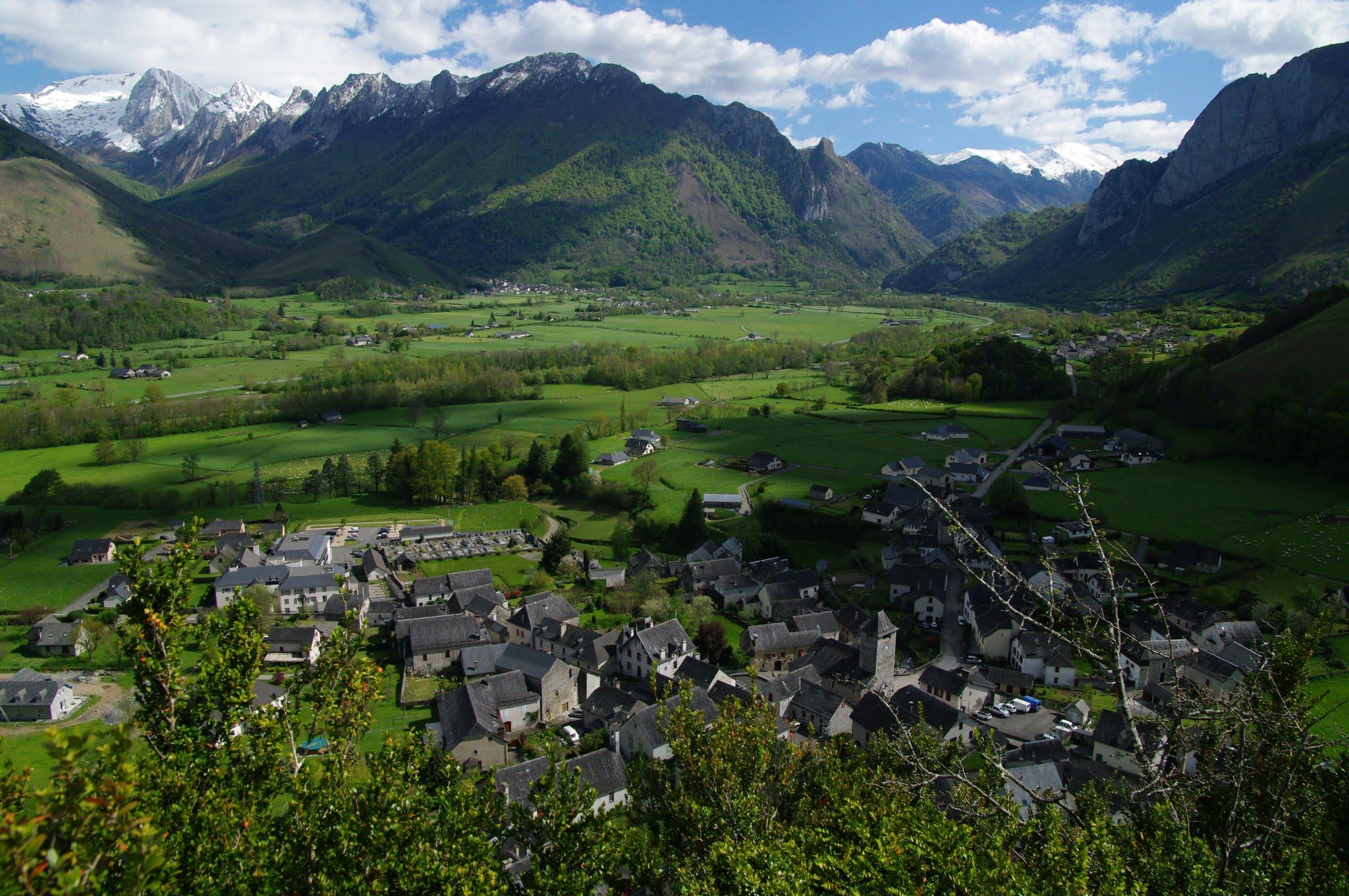 Village vu du Casteth