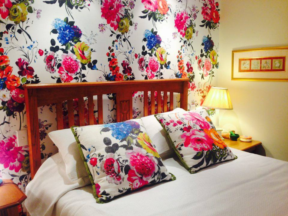 wallpaper and custom cushions bed
