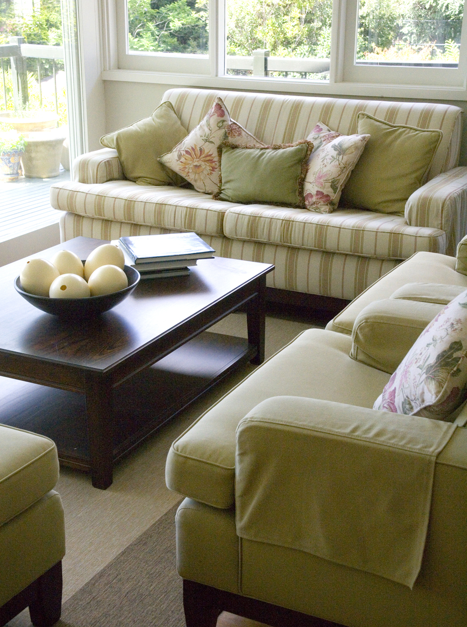 scatter cushions interior design