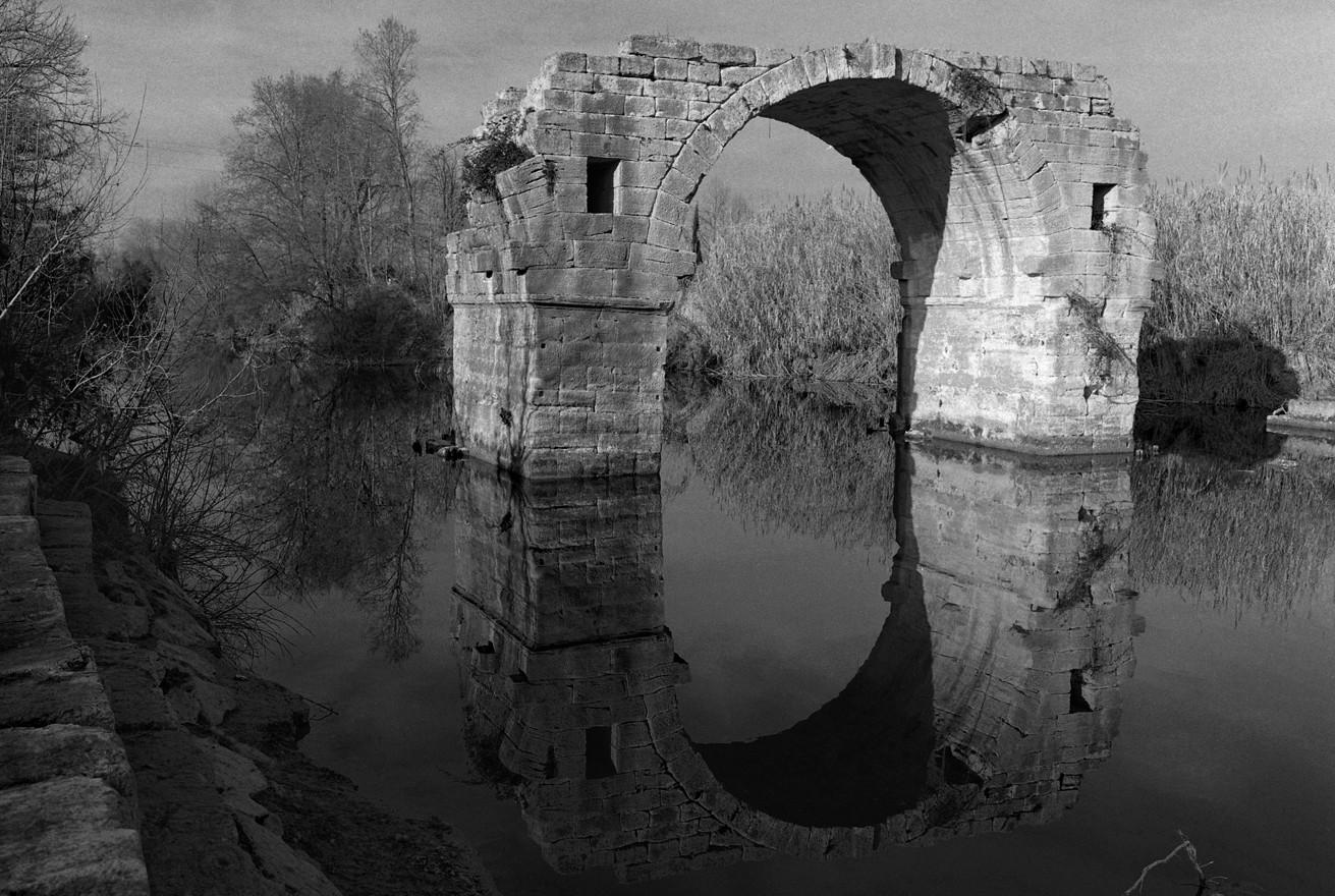 « Oppidum d'Ambrussum, le pont sur le Vidourle »