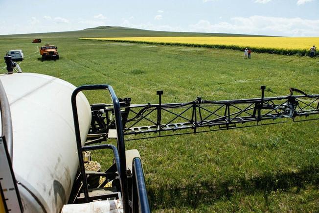 Племзавод «Комсомолец» запустит собственный завод по производству жидких удобрений