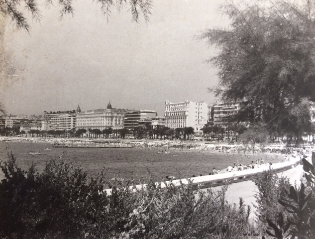 Cannes années 70, la baie, les plages, les hôtels