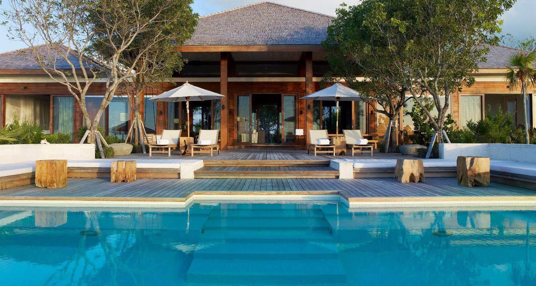 luxury-beach-villa-turks-and-caicos