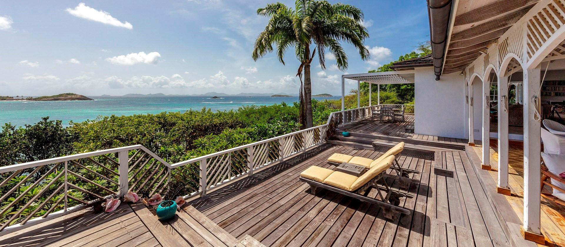 villa-moana-mustique-seaview-deck